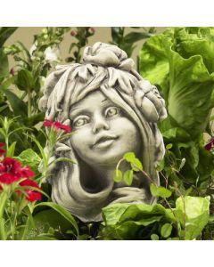 Blumenkind Trollblume, Betonguss,