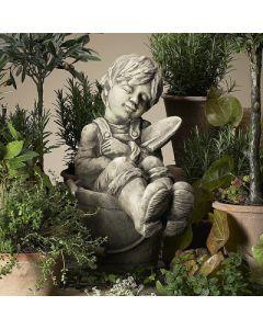 Gartenkind Felix, Betonguss,
